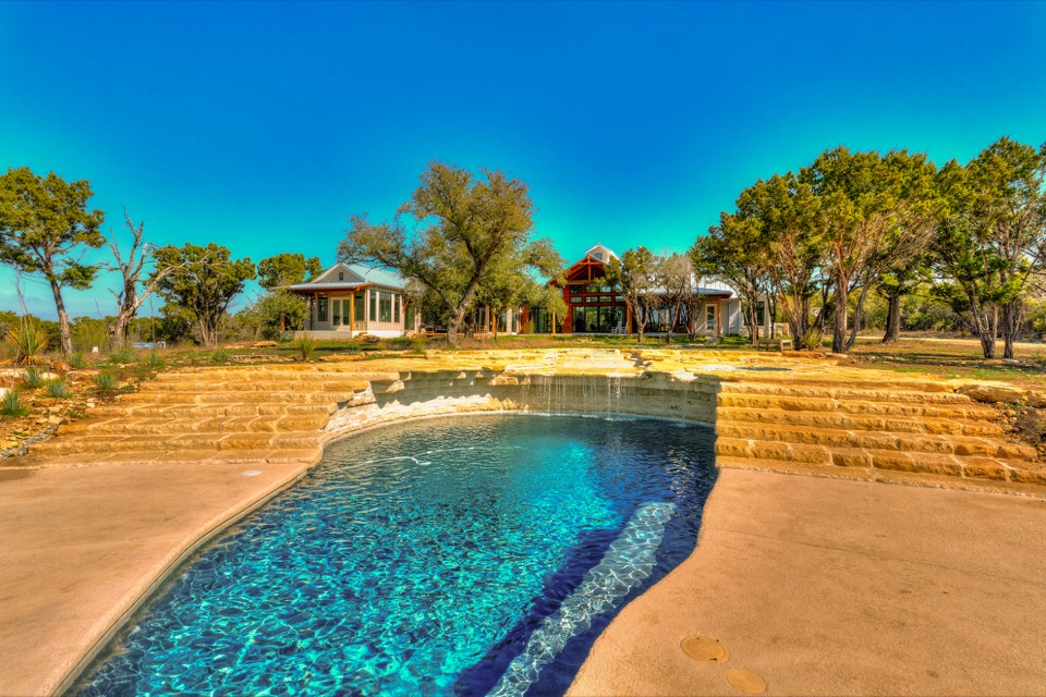 30 Acres with 4,048 s.f. Home | Austin